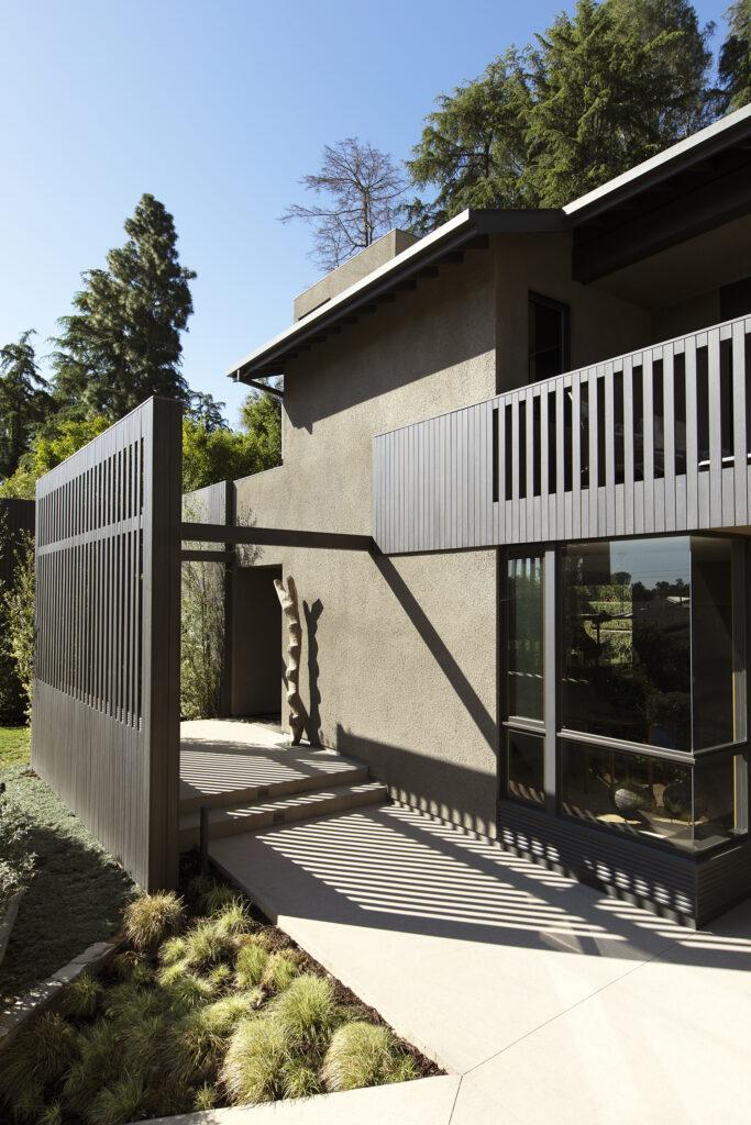 Kenter Canyon House
